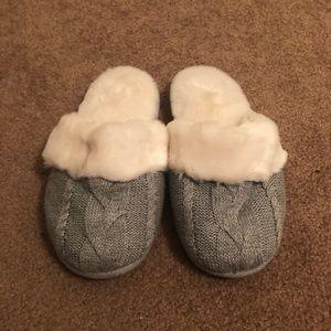 VS slippers